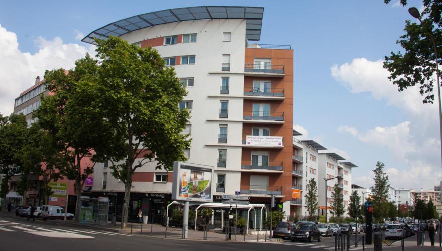Extérieur coté - vue Rue Jacqueline Auriol1