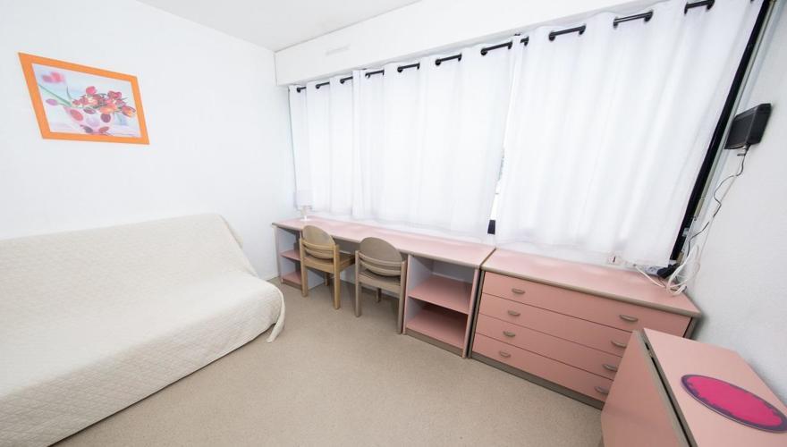 Studio canapé lit 1